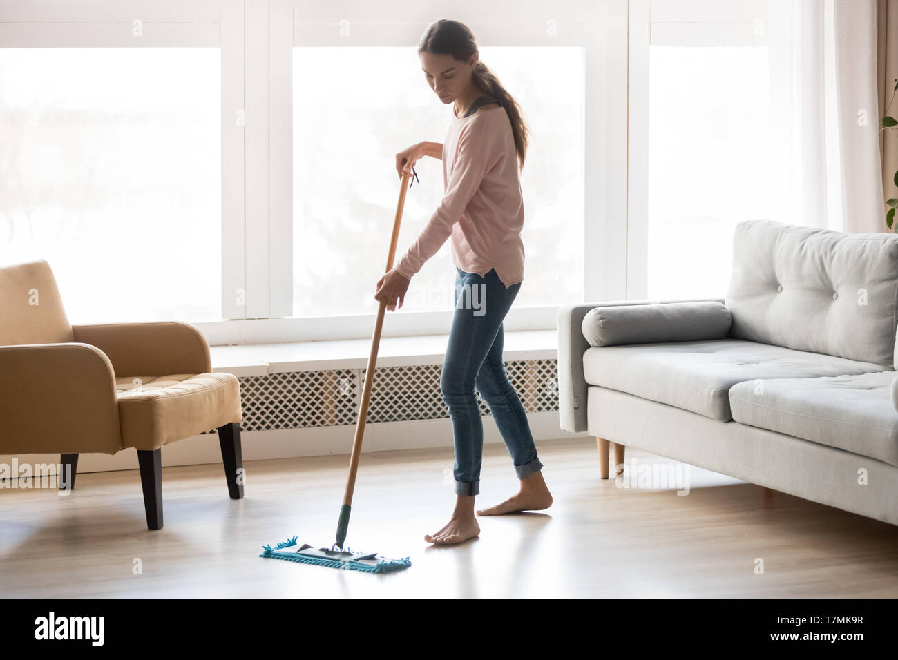 Cool Barefoot Girl Doing House Cleaning Using Microfiber Wet Mop Ibusinesslaw Wood Chair Design Ideas Ibusinesslaworg