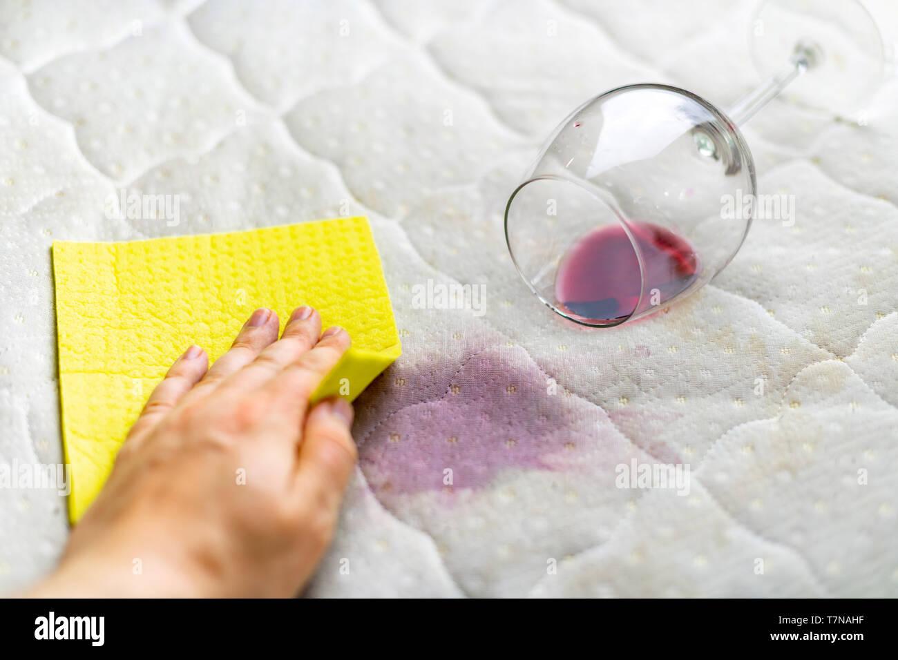 Miraculous Sponge Cleaning Wine Stain Dropped Wineglass Spilled Wine Inzonedesignstudio Interior Chair Design Inzonedesignstudiocom