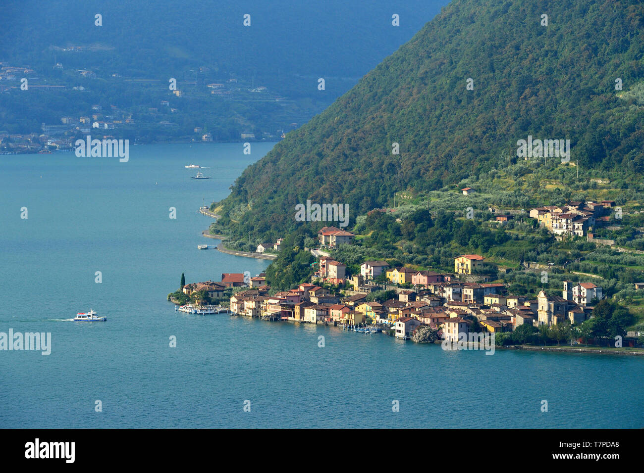Italy, Lombardy, Iseo lake (Il Lago d'Iseo), Monte Isola island, Carzano village - Stock Image
