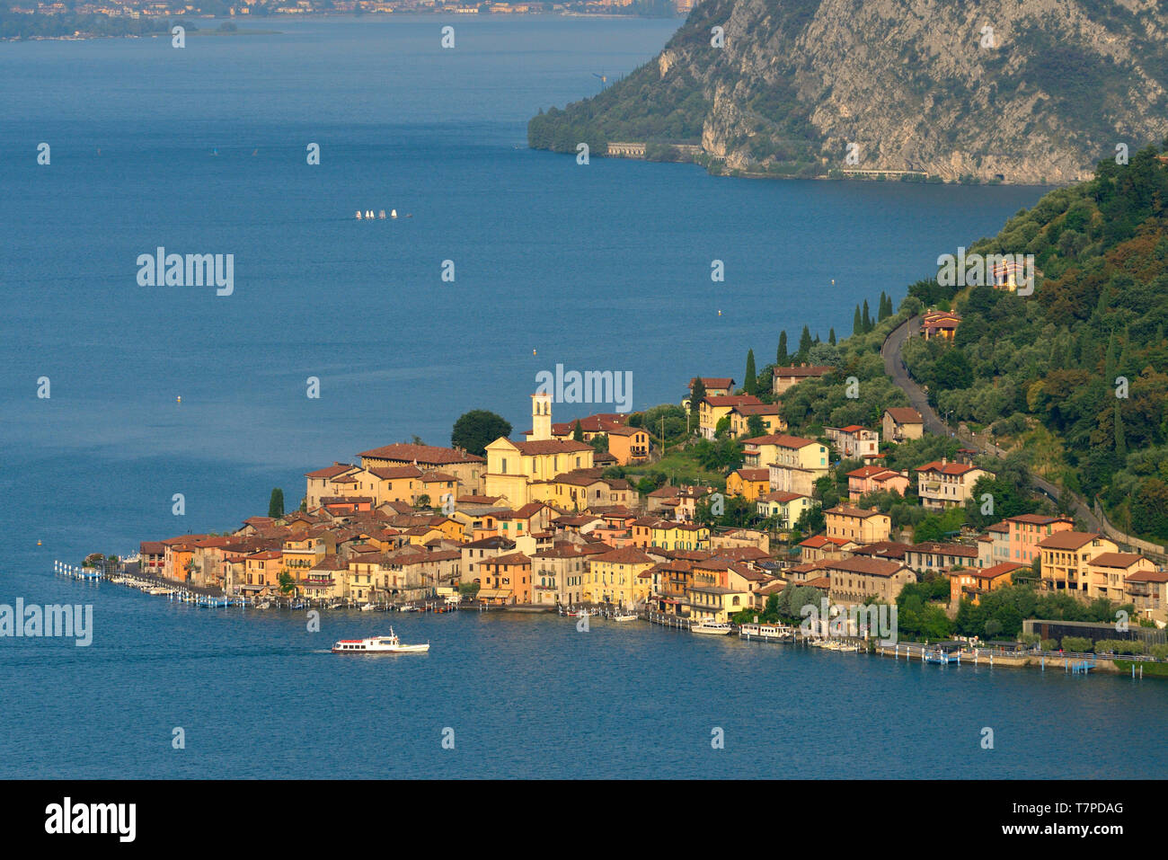 Italy, Lombardy, Iseo lake (Il Lago d'Iseo), Monte Isola island, Peschiera Maraglio village - Stock Image