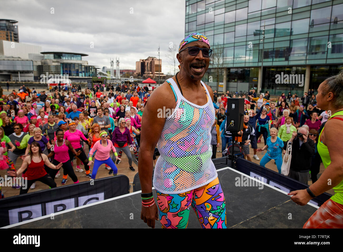 MR Motivated working out at MediaCityUK - Stock Image