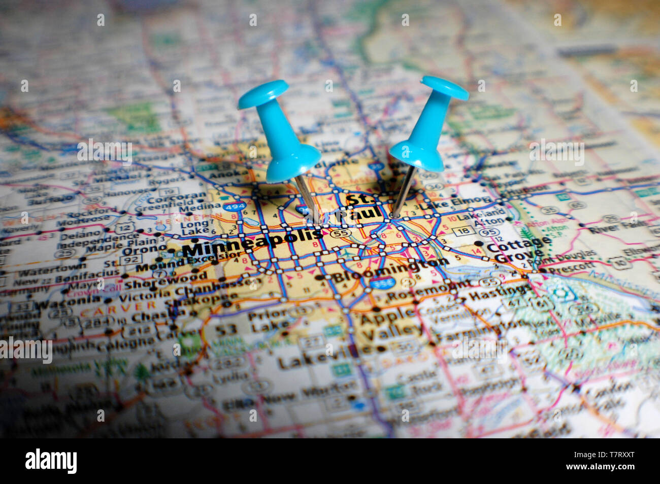 A map of the Twin Cities marked with a push pin. - Stock Image