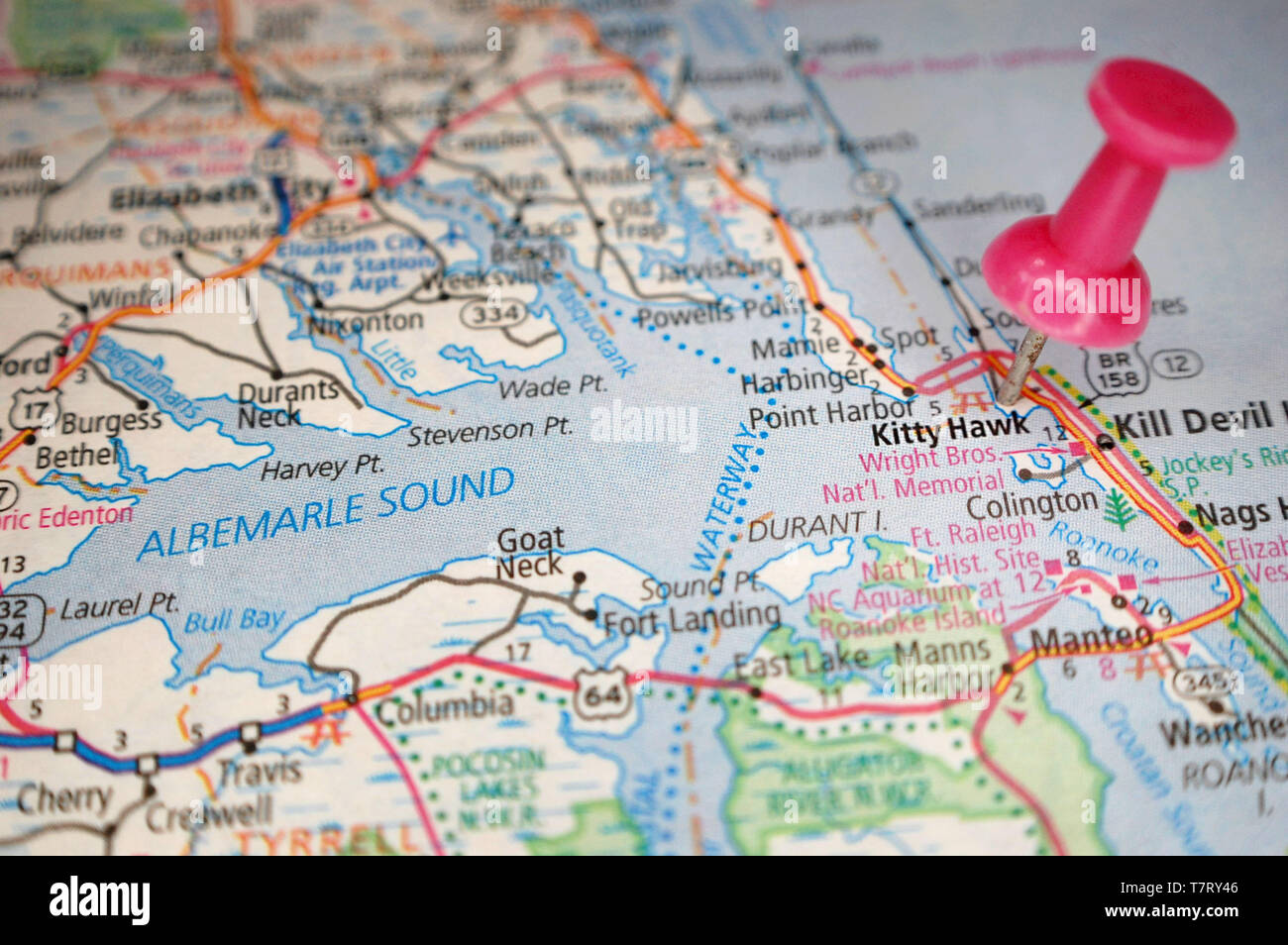 Kitty Hawk Stock Photos & Kitty Hawk Stock Images - Alamy on united states nc map, jennette's pier nc map, outer banks map, colington island nc map, longwood nc map, kill devil nc map, roanoke island nc map, philadelphia nc map, new inlet nc map, panama canal map, grandy nc map, knotts island nc map, north myrtle beach south carolina map, tennessee nc map, bath nc map, corolla nc map, maryland nc map, highway 64 nc map, nags head nc map, baltimore nc map,