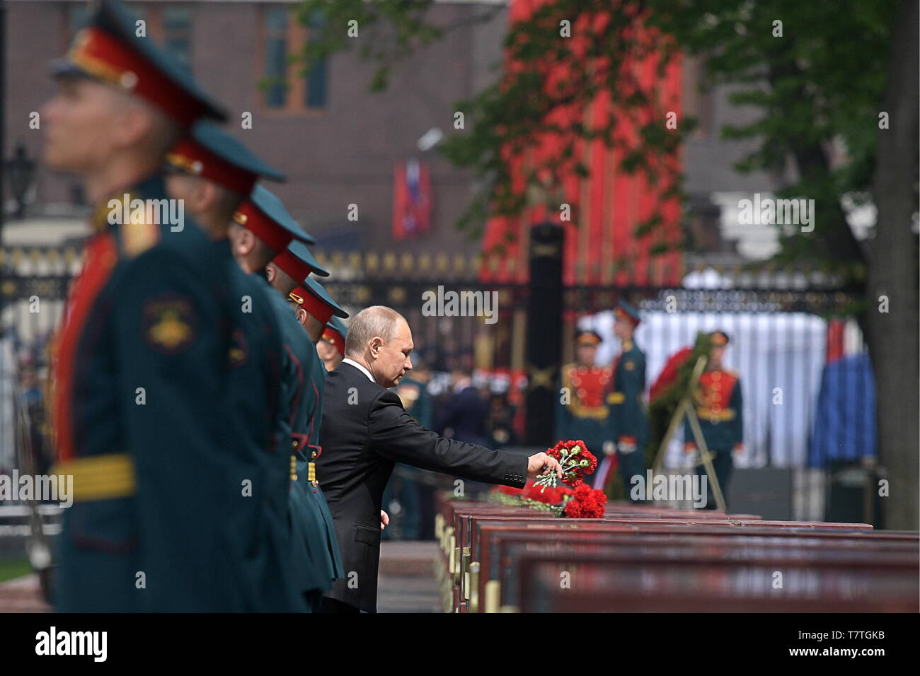 Moscow, Russia. 09th May, 2019. MOSCOW, RUSSIA - MAY 9, 2019: Russia's President Vladimir Putin during a ceremony to lay flowers at the Tomb of the Unknown Soldier by the Kremlin Wall during celebrations marking the 74th anniversary of the victory of the Soviet Red Army over Nazi Germany in the Great Patriotic War of 1941-45, the Eastern Front of the Second World War. Alexei Druzhinin/Russian Presidential Press and Information Office/TASS Credit: ITAR-TASS News Agency/Alamy Live News - Stock Image