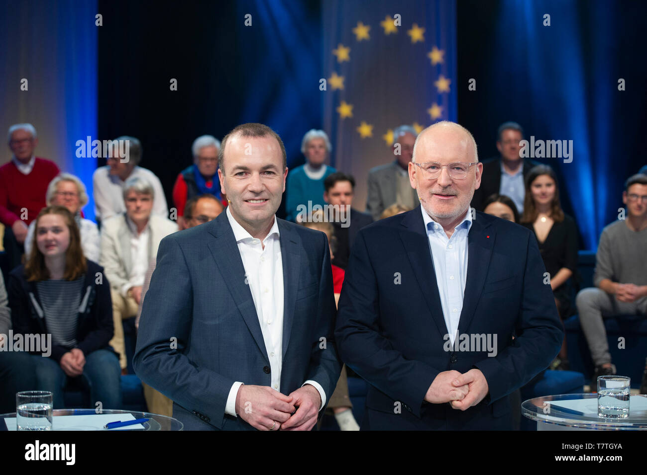 from left: Manfred WEBER, CSU, EPP lead candidate, Frans TIMMERMANS, Franciscus Cornelis Gerardus Maria 'Frans' Timmermans. Lead candidate of the PES, 'Wahlarena' in the first with the European leading candidates Frans Timmermans (PES) and Manfred Weber (EPP), WDR Koeln-Bocklemuend, 07.05.2019, | usage worldwide - Stock Image