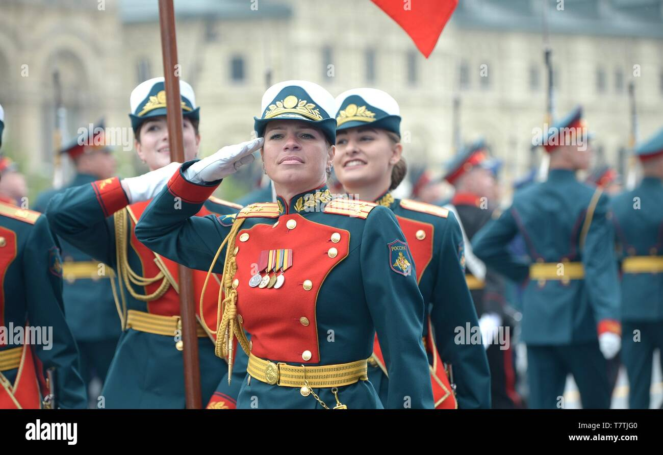 Moscow, Russia. 09th May, 2019. Russian female soldiers march during the annual Victory Day military parade marking the 74th anniversary of the end of World War II in Red Square May 9, 2019 in Moscow, Russia. Russia celebrates the annual event known as the Victory in the Great Patriotic War with parades and a national address by President Vladimir Putin. Credit: Planetpix/Alamy Live News - Stock Image