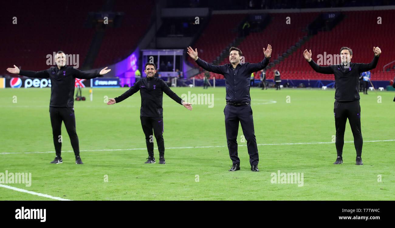 Tottenham Hotspur Manager Mauricio Pochettino Celebrates With Backroom Staff After Winning The Uefa Champions League Semi Final Second Leg Match At Johan Cruijff Arena Amsterdam Stock Photo Alamy
