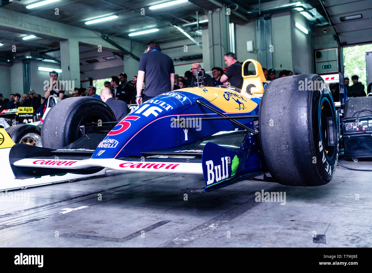 Williams FW14 is surrounding from fans Stock Photo