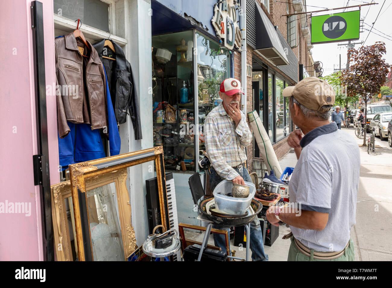 Canada, Province of Ontario, City of Toronto, Queen Street West,new trendy neighborhood, antique shop, flea market - Stock Image