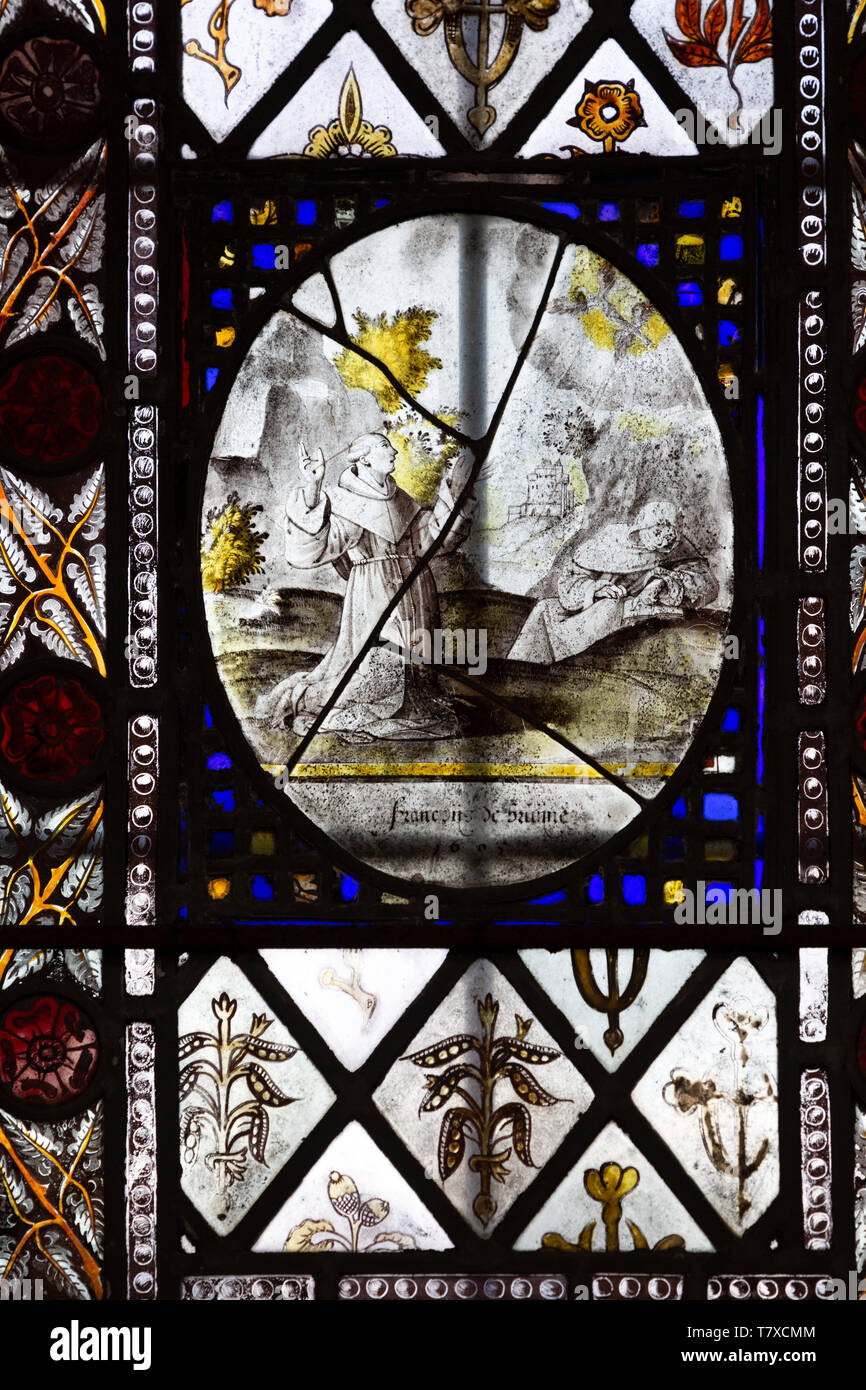 Medieval stained glass window, Holy Trinity church, Long Melford, Suffolk, England - roundel possibly 17thC - Stock Image