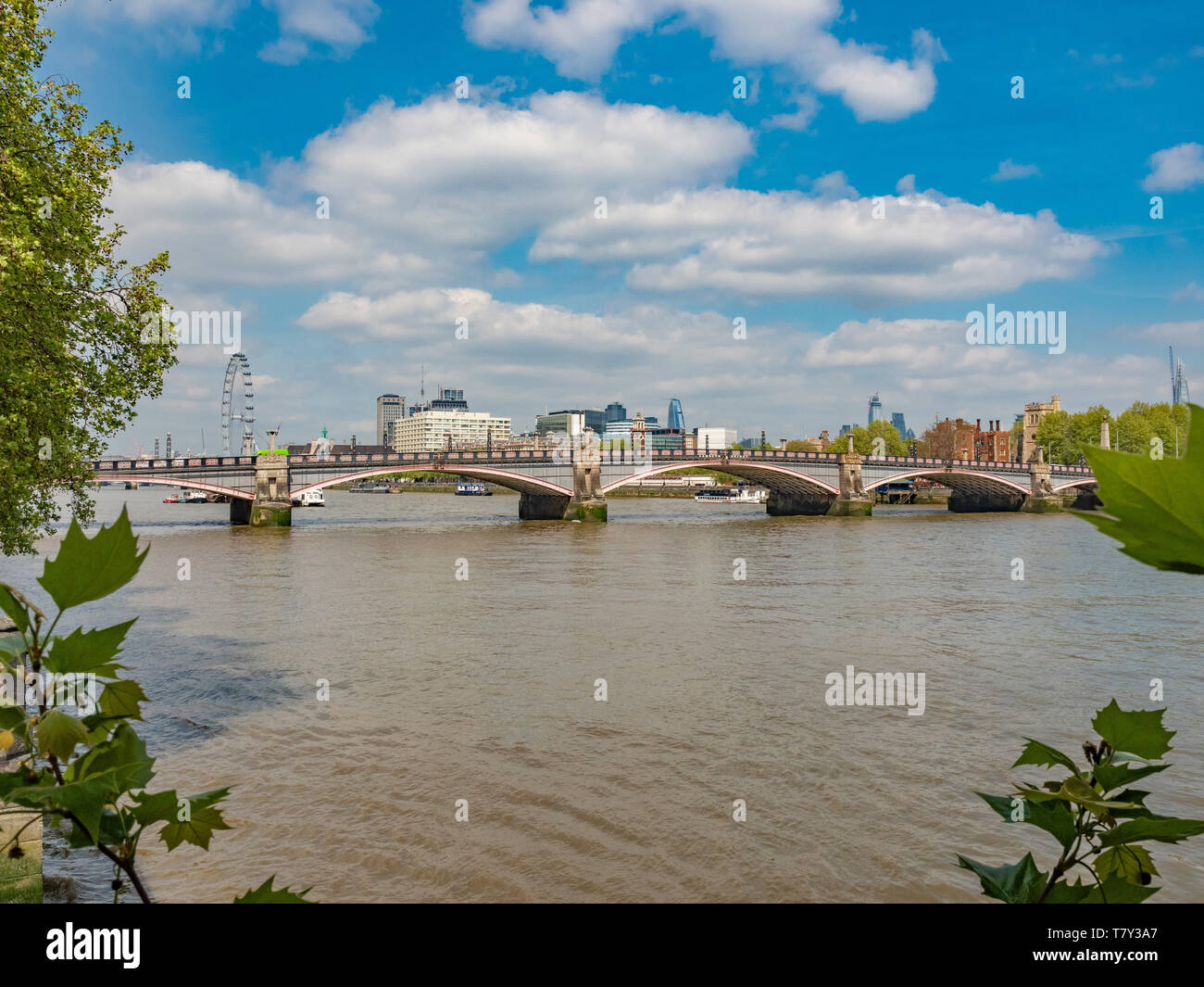 Lambeth Bridge over the river Thames, London, UK. A five-span steel arch, designed by engineer Sir George Humphreys and architects Sir Reginald Blomfi - Stock Image