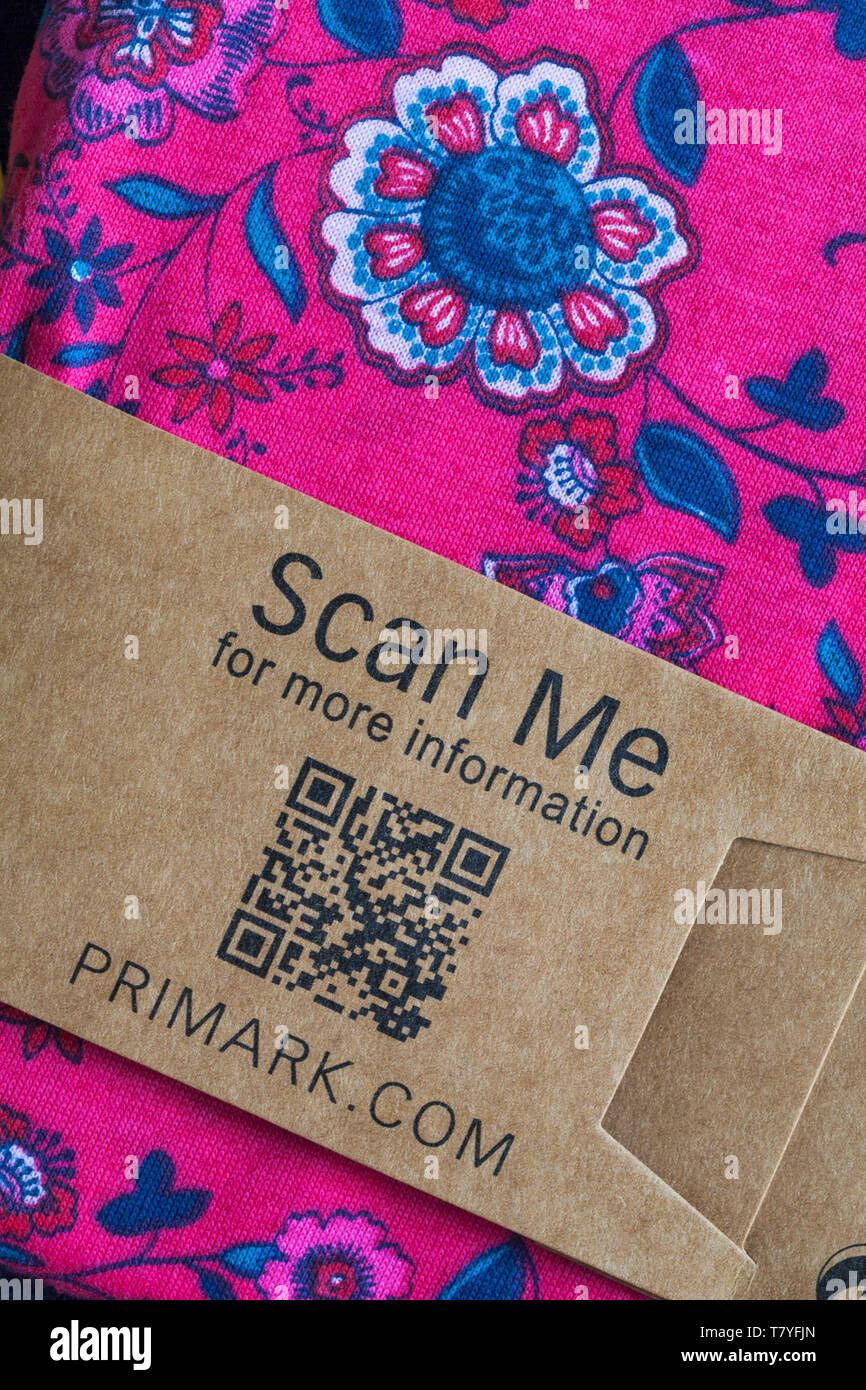 Scan me for more information on packaging of 3/4 sleeve PJ set from Primark - Stock Image