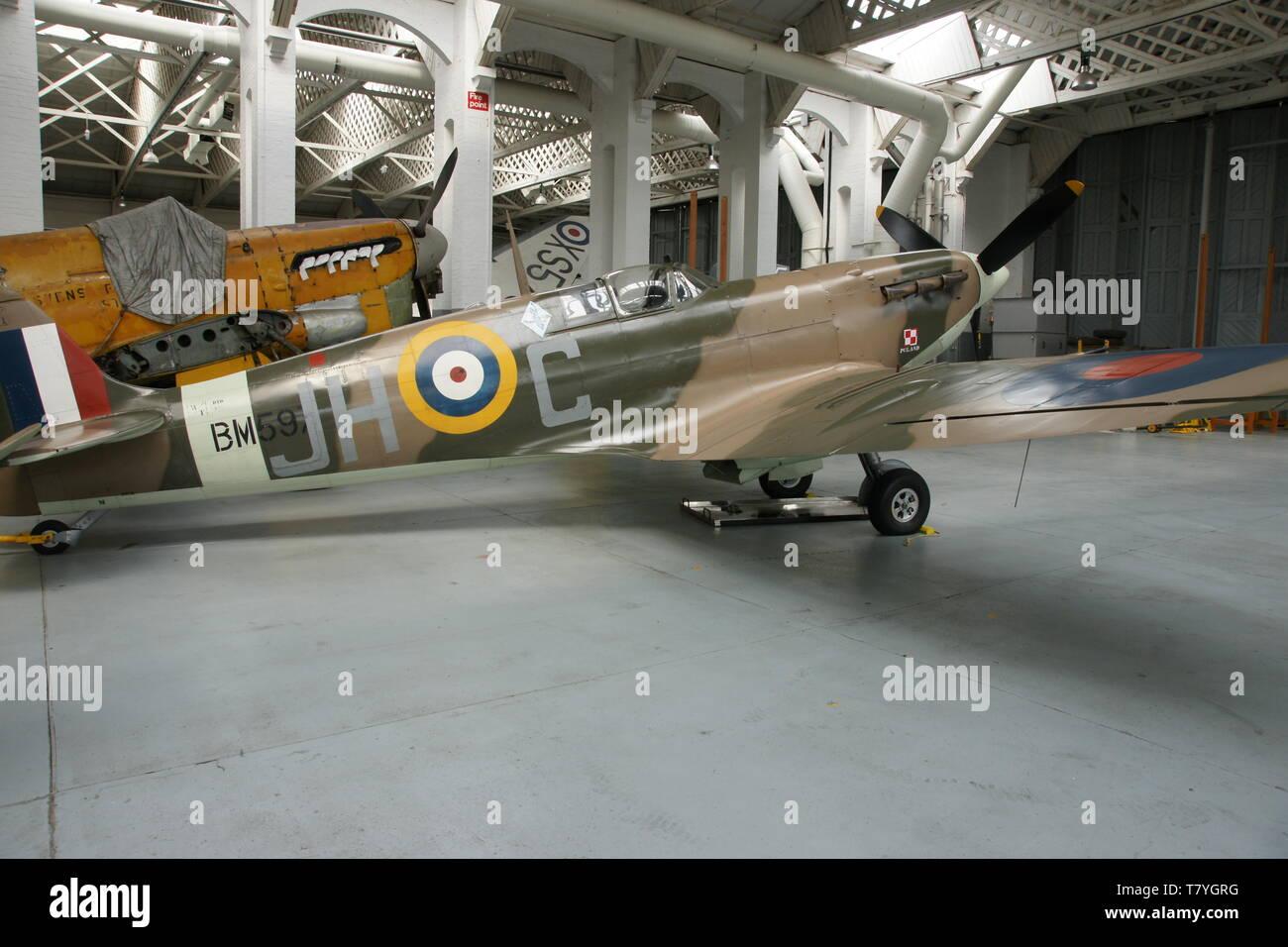 Supermarine Spitfire on Battle of Britain airfield, RAF Duxford - Stock Image