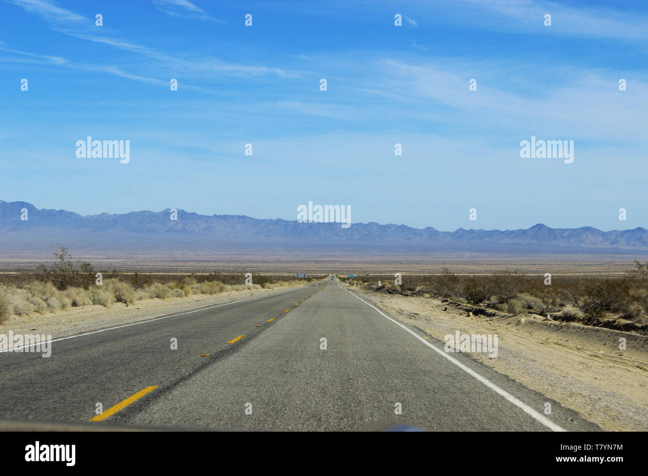 crossing valley on Highway 95 during a roadtrip - Stock Image
