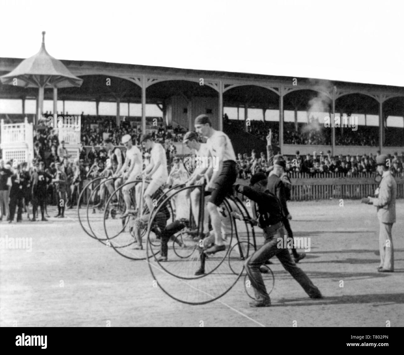 1800s Bicycle Stock Photos & 1800s Bicycle Stock Images - Alamy