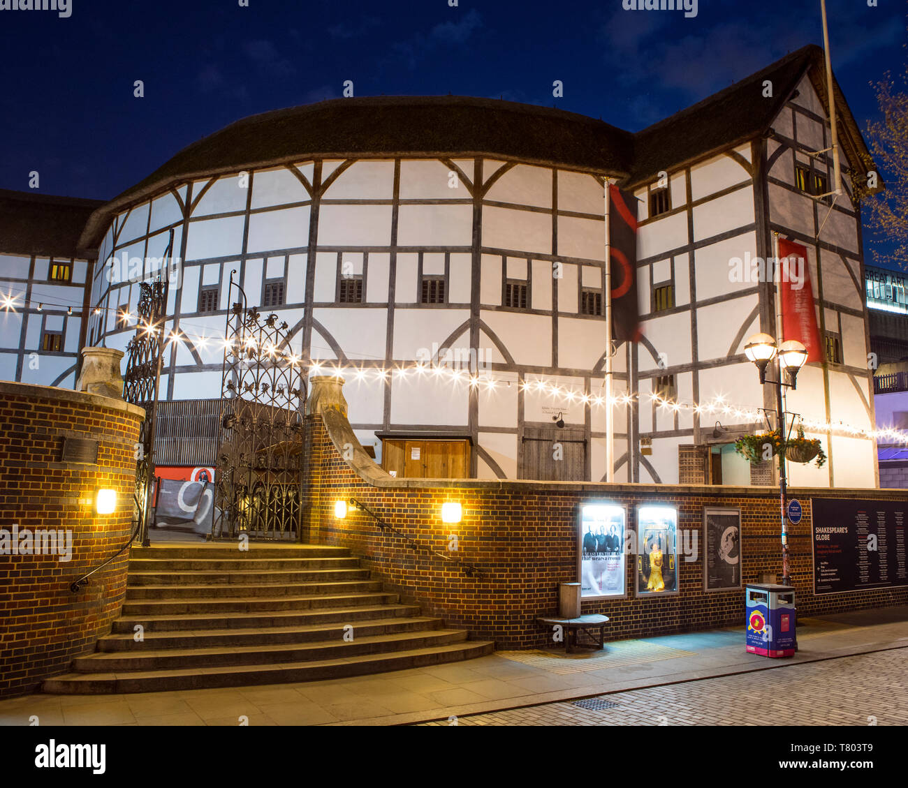 London Uk April 1st 2019 A View Of The Reconstruction Of The Historic Globe Theatre An Elizabethan Playhouse Associated With William Shakespeare Stock Photo Alamy