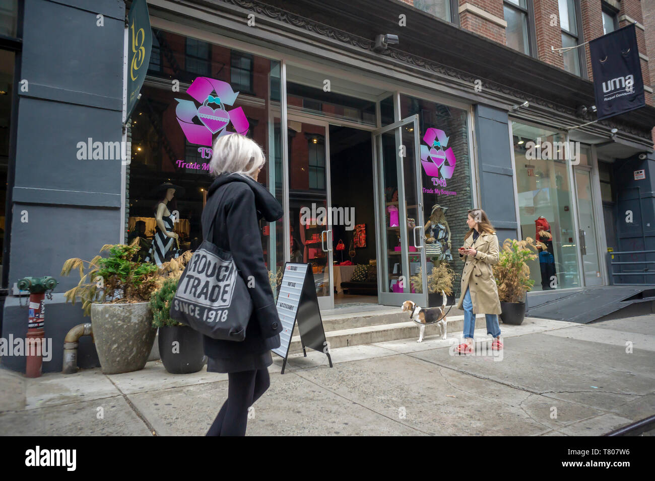 A pop-up location for the online handbag merchant Trade My Bag, located in the Soho neighborhood of New York on Friday, May 3, 2019. The pop-up offers authentication, appraisal, and purchase of your designer bags as well as having a selection of luxury bags for sale. (© Richard B. Levine) - Stock Image