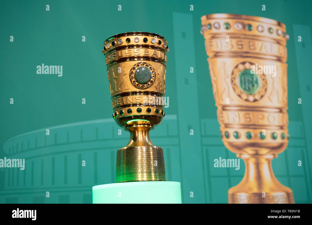 Berlin, Germany. 10th May, 2019. Soccer: DFB Cup, Cup Handover of the DFB Cup. The DFB Cup will be placed on a pedestal before the start of the event. Credit: Soeren Stache/dpa/Alamy Live News Stock Photo