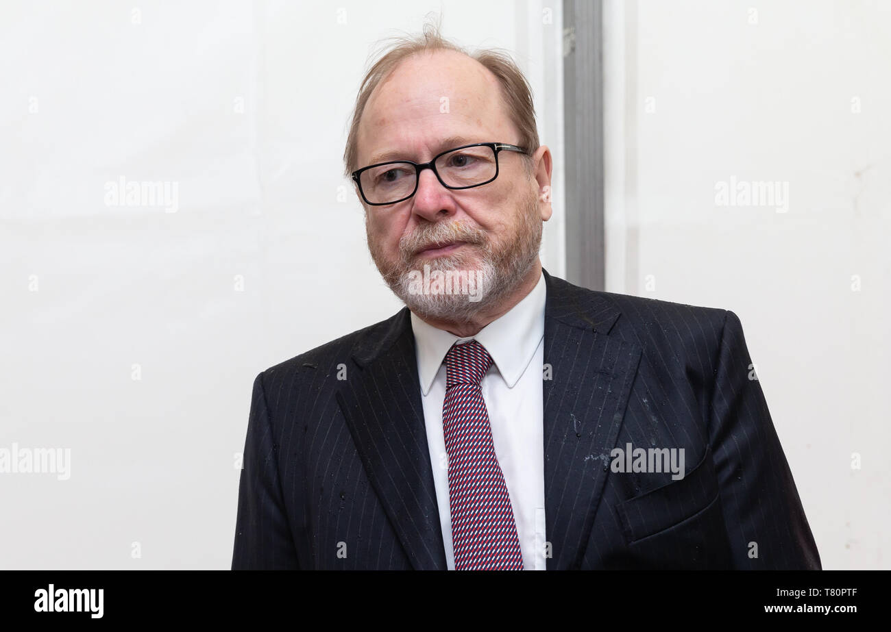 Hamburg, Germany. 10th May, 2019. Jan Philipp Reemtsma, publicist, comes to the celebration of the centenary of the University of Hamburg. Credit: Ulrich Perrey/dpa/Alamy Live News - Stock Image