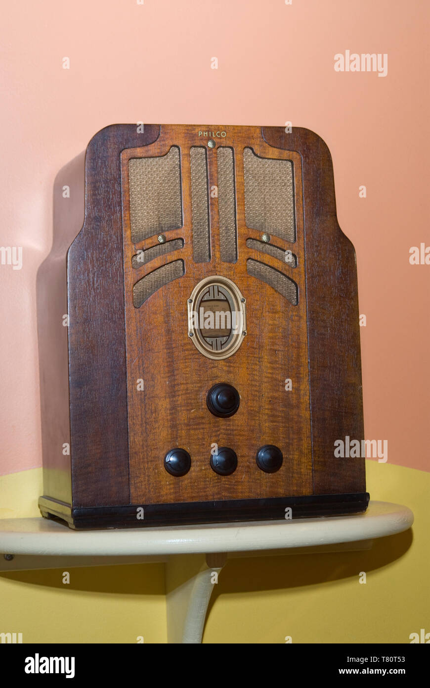 Minneapolis, Minnesota. Mill City Museum. Philco radio from the 1950s. - Stock Image