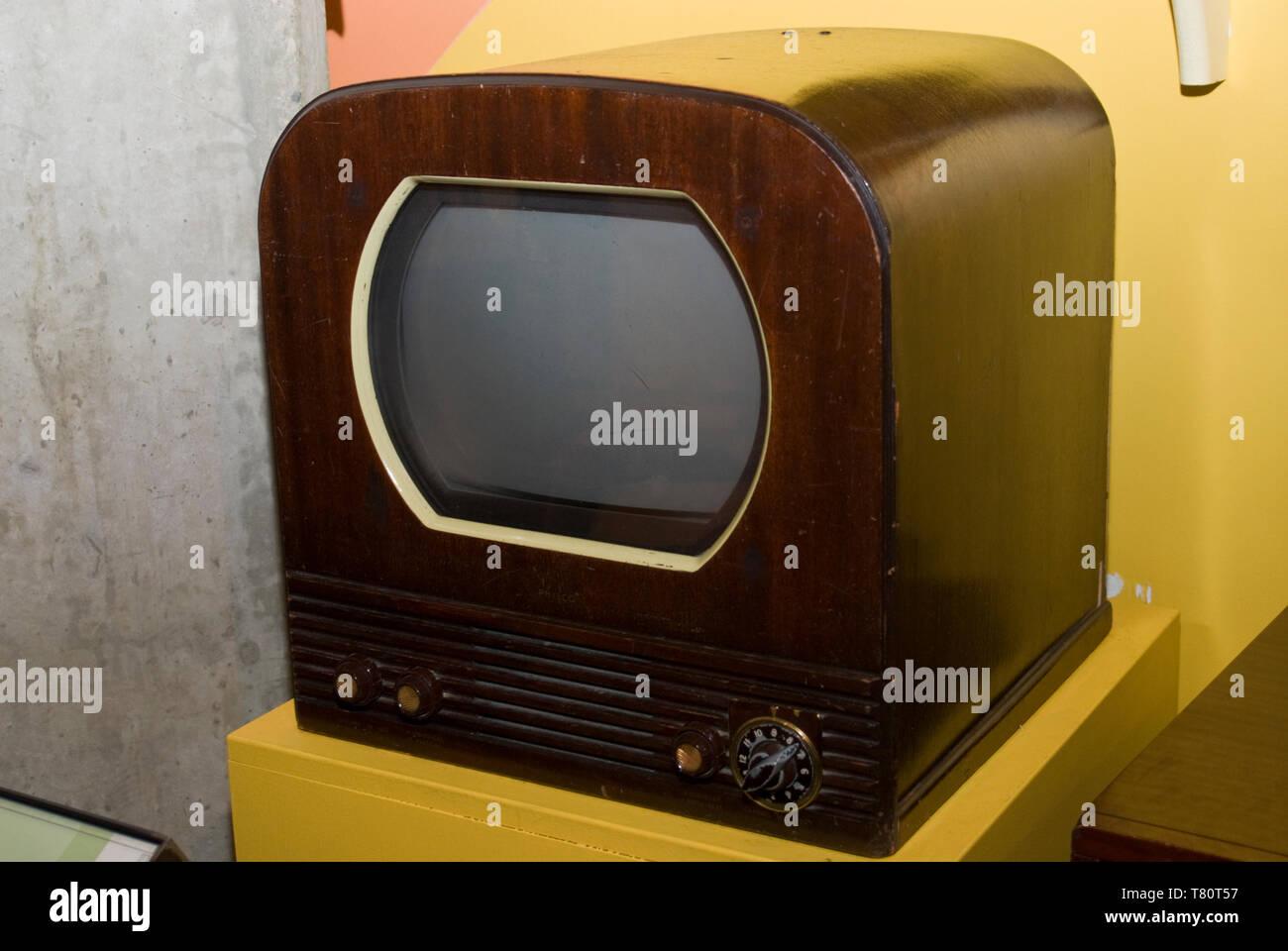 Minneapolis, Minnesota. Mill City Museum. Philco television from the 1950s. - Stock Image