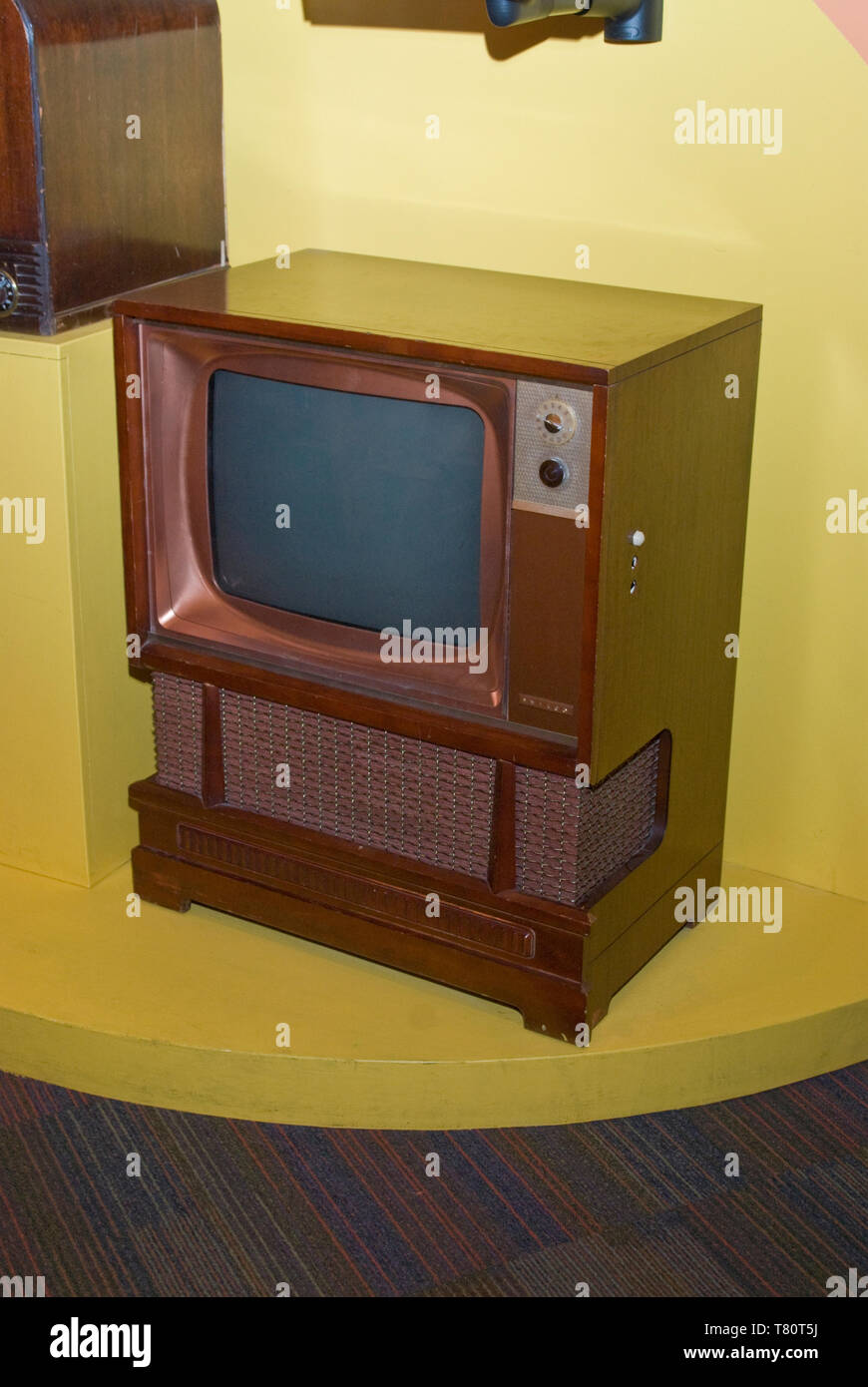 1950s Television Cabinet Stock Photos U0026 1950s Television ...
