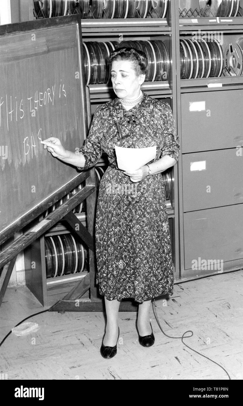 Ida Rhodes at IBM, 1960 - Stock Image