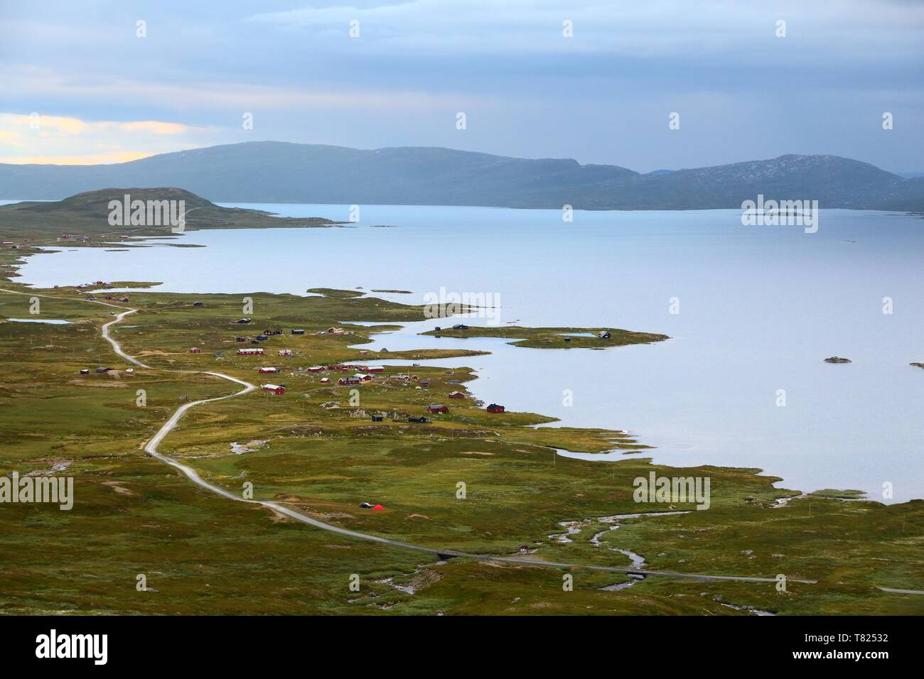 Lake Vinstre, Jotunheimen National Park in Norway. Evening view in summer. - Stock Image
