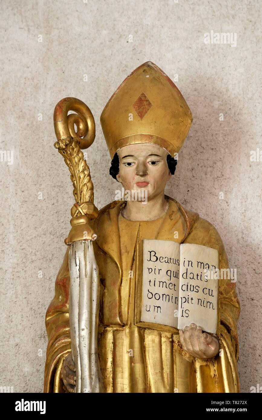 France, Jura, Saint Lothain, church dated 10th century, statue of Saint Lothain, above his shrine - Stock Image