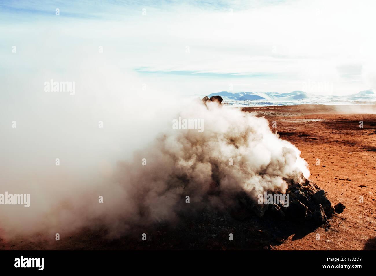 Smoking fumaroles, Námafjall Hverir, Ábær, Skagafjardarsysla, Iceland - Stock Image