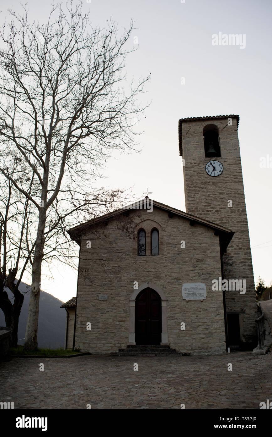 Church,Chiesa di San Vittorino (XIII°sec.),Marche,Italia,Italy,Castelsantangelo sul Nera,Chiesa,Chiese, Nocria,Monti Sibillini - Stock Image