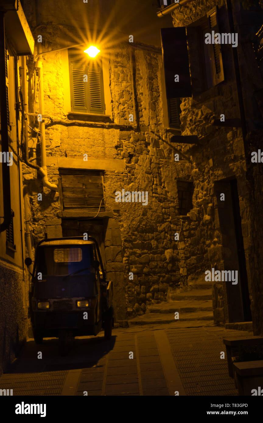 Nachtaufnahme in Vernazza Stock Photo