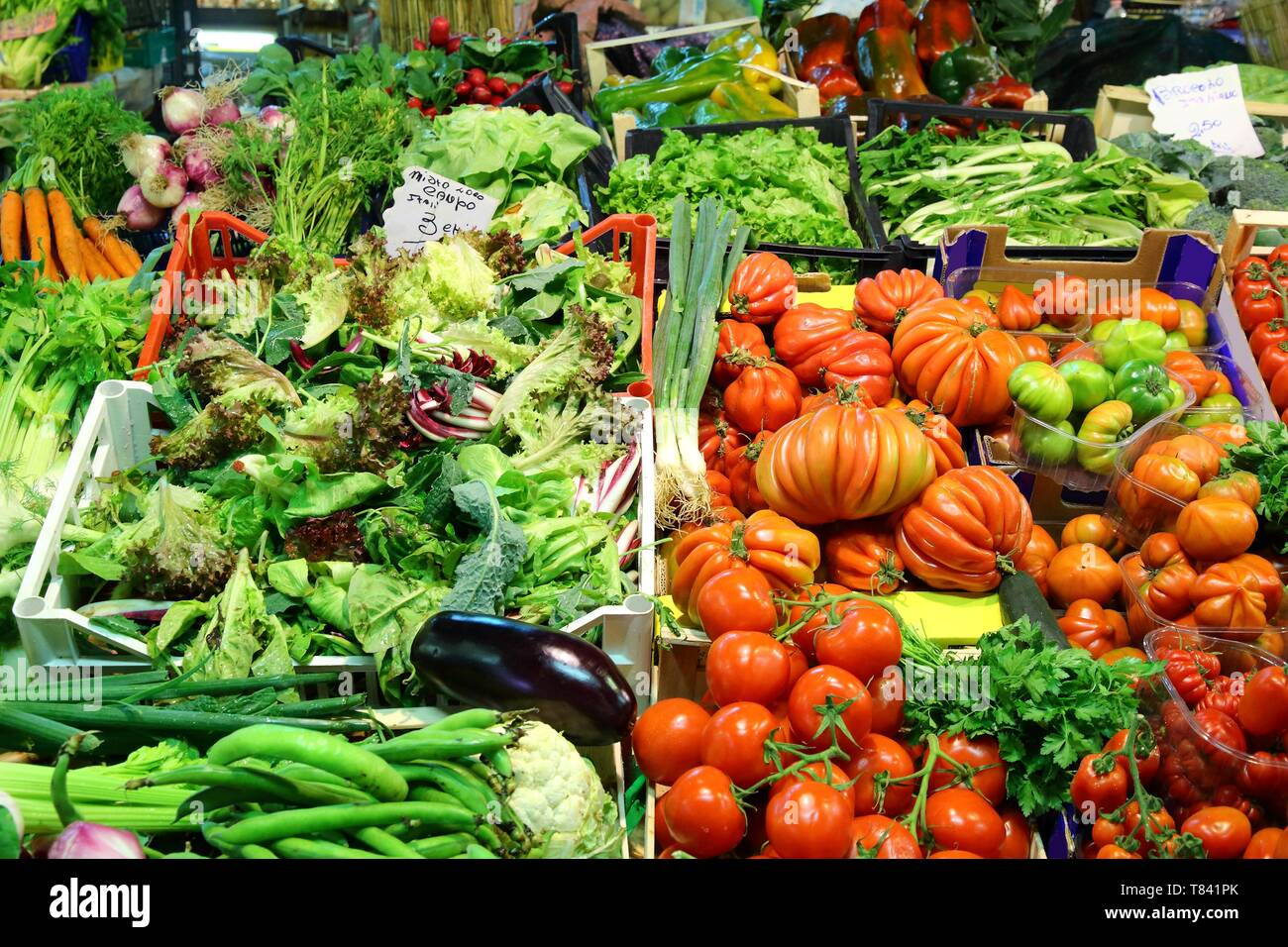 Vegetables and fruit at a grocery market in Florence, Italy. - Stock Image