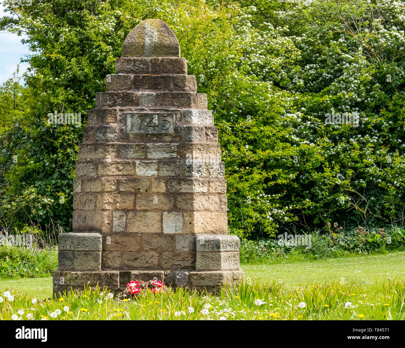 Battle of Prestonpans memorial with 1745 date of Jacobite rebellion, Prestonpans, East Lothian, Scotland, UK Stock Photo