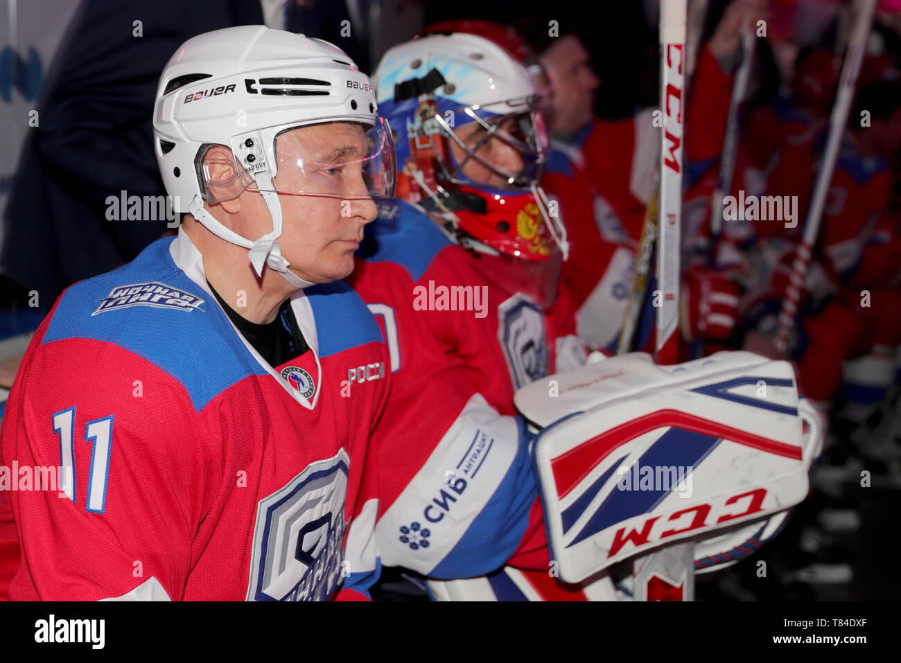 Sochi, Russia. 10th May, 2019. SOCHI, RUSSIA - MAY 10, 2019: Russia's President Vladimir Putin in a Night Hockey League gala match at the Bolshoi Ice Palace. Mikhail Klimentyev/Russian Presidential Press and Information Office/TASS Credit: ITAR-TASS News Agency/Alamy Live News - Stock Image