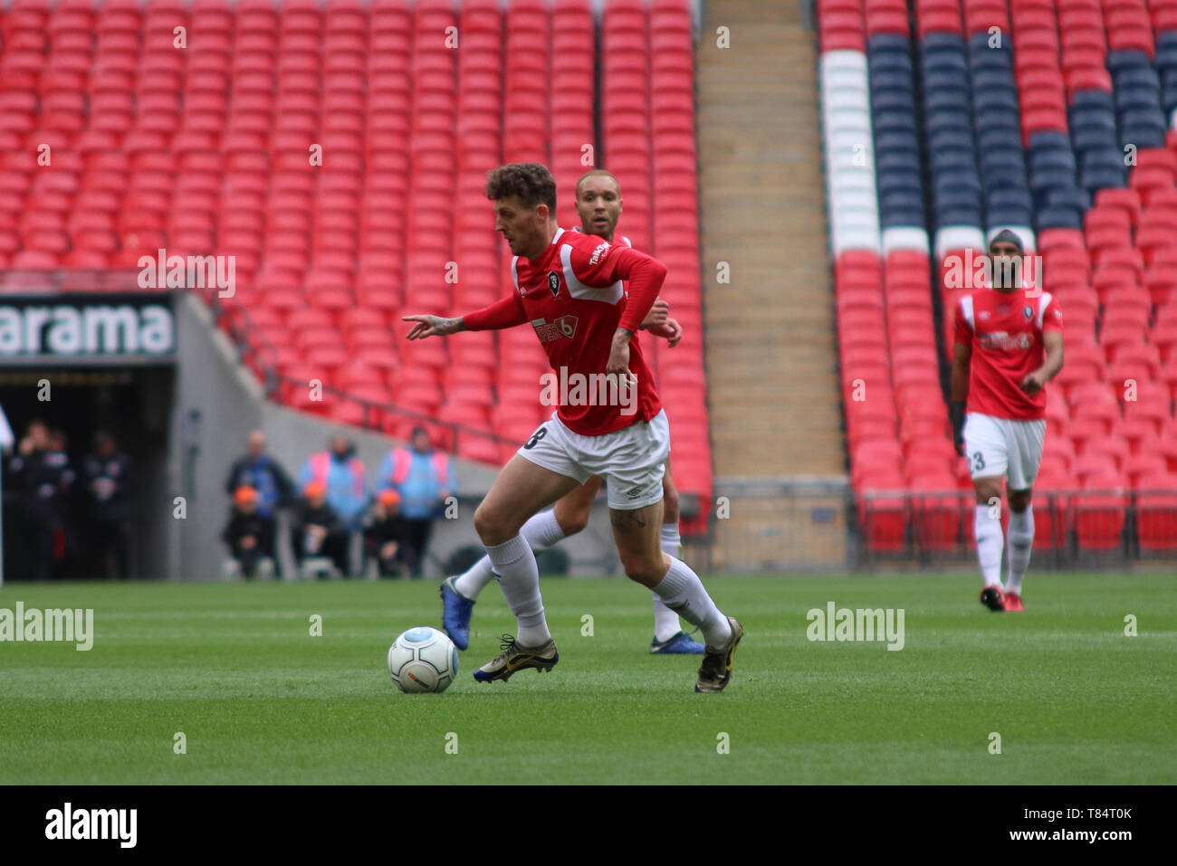 London, UK . 11th May 2019.  Salford's Danny Whitehead during the Vanarama National League Play Off Final between Salford City and AFC Fylde at Wembley Stadium, London on Saturday 11th May 2019. (Credit: Lewis Storey | MI News & Sport ) ©MI News & Sport Ltd Tel: +44 7752 571576 e-mail: markf@mediaimage.co.uk Address: 1 Victoria Grove, Stockton on Tees, TS19 7EL Stock Photo