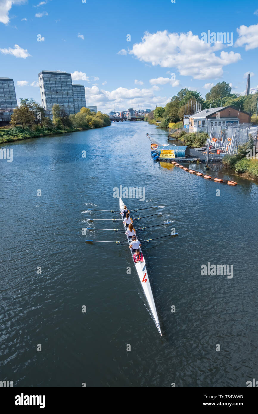 Glasgow, Scotland, UK. 11th May, 2019. UK Weather. Coxed four rowers training on the River Clyde. Credit: Skully/Alamy Live News - Stock Image