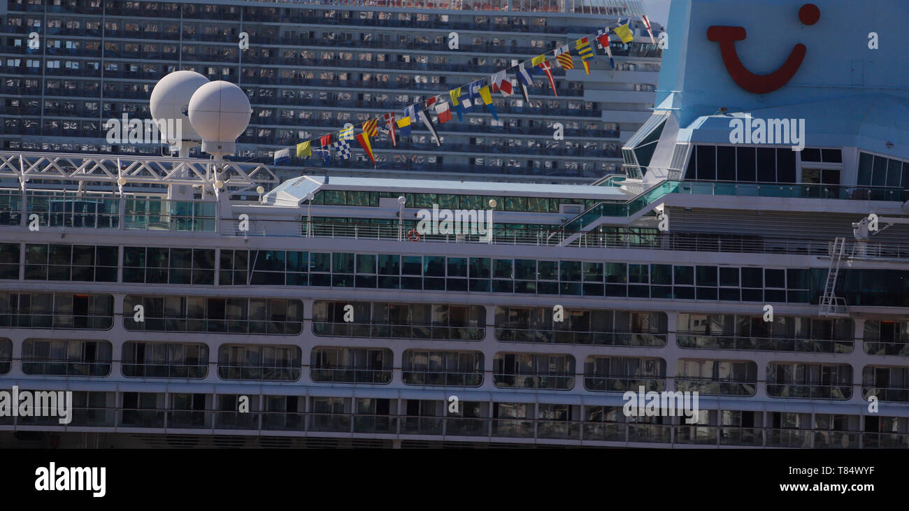Palma, Spain. 11th May, 2019. The cruise ships AidaNova (l) and Marella Discovery 2 are off Palma de Mallorca. According to forecasts by the Balearic Islands Port Authority, around 1.75 million people will arrive in the port of Palma de Mallorca on cruise ships this year. Credit: Clara Margais/dpa/Alamy Live News - Stock Image