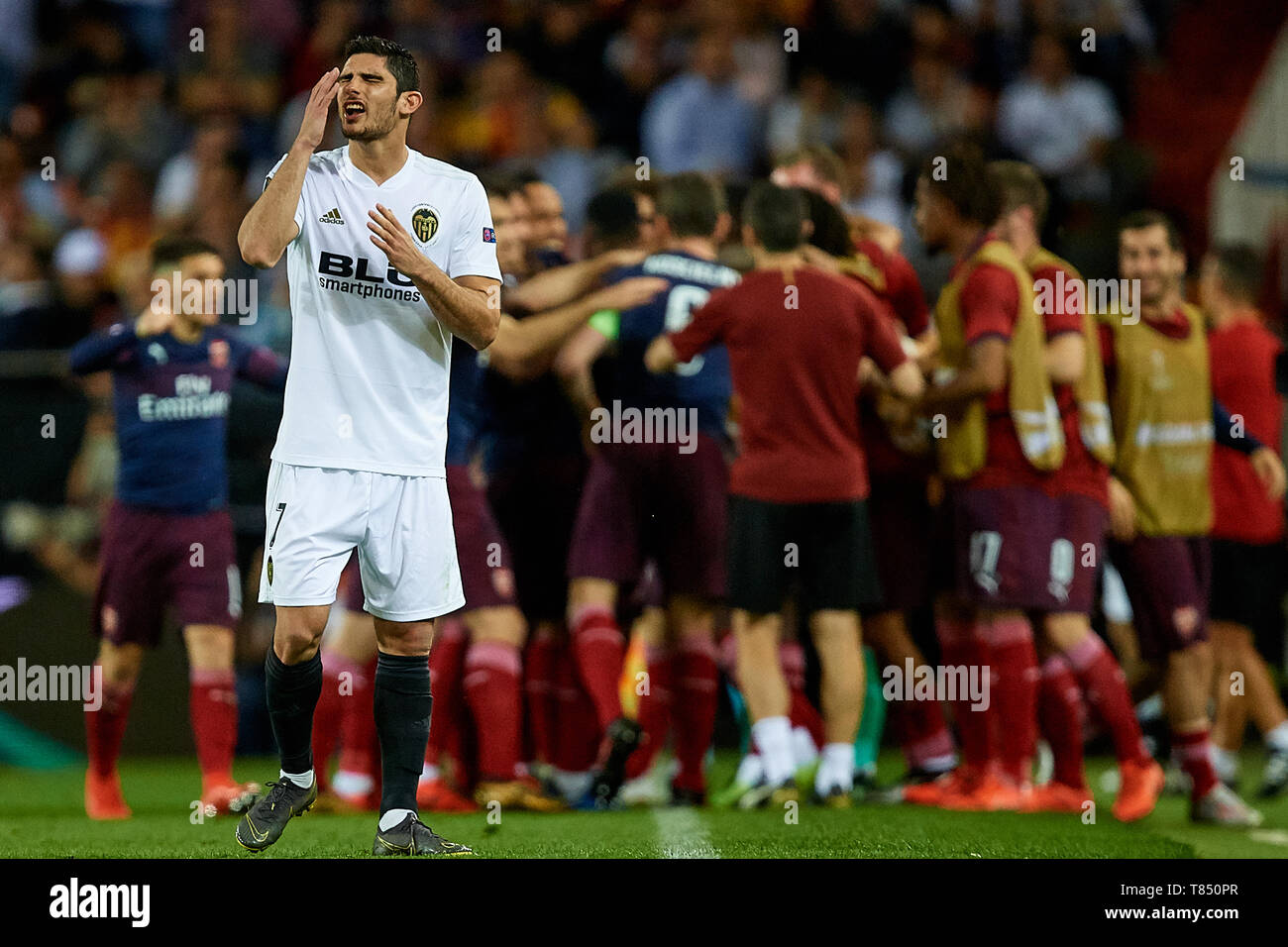 VALENCIA, SPAIN - MAY 09: Goncalo Guedes of Valencia CF reacts after Arsenal's second goal during the UEFA Europa League Semi Final Second Leg match between Valencia and Arsenal at Estadio Mestalla on May 9, 2019 in Valencia, Spain. (Photo by David Aliaga/MB Media) - Stock Image