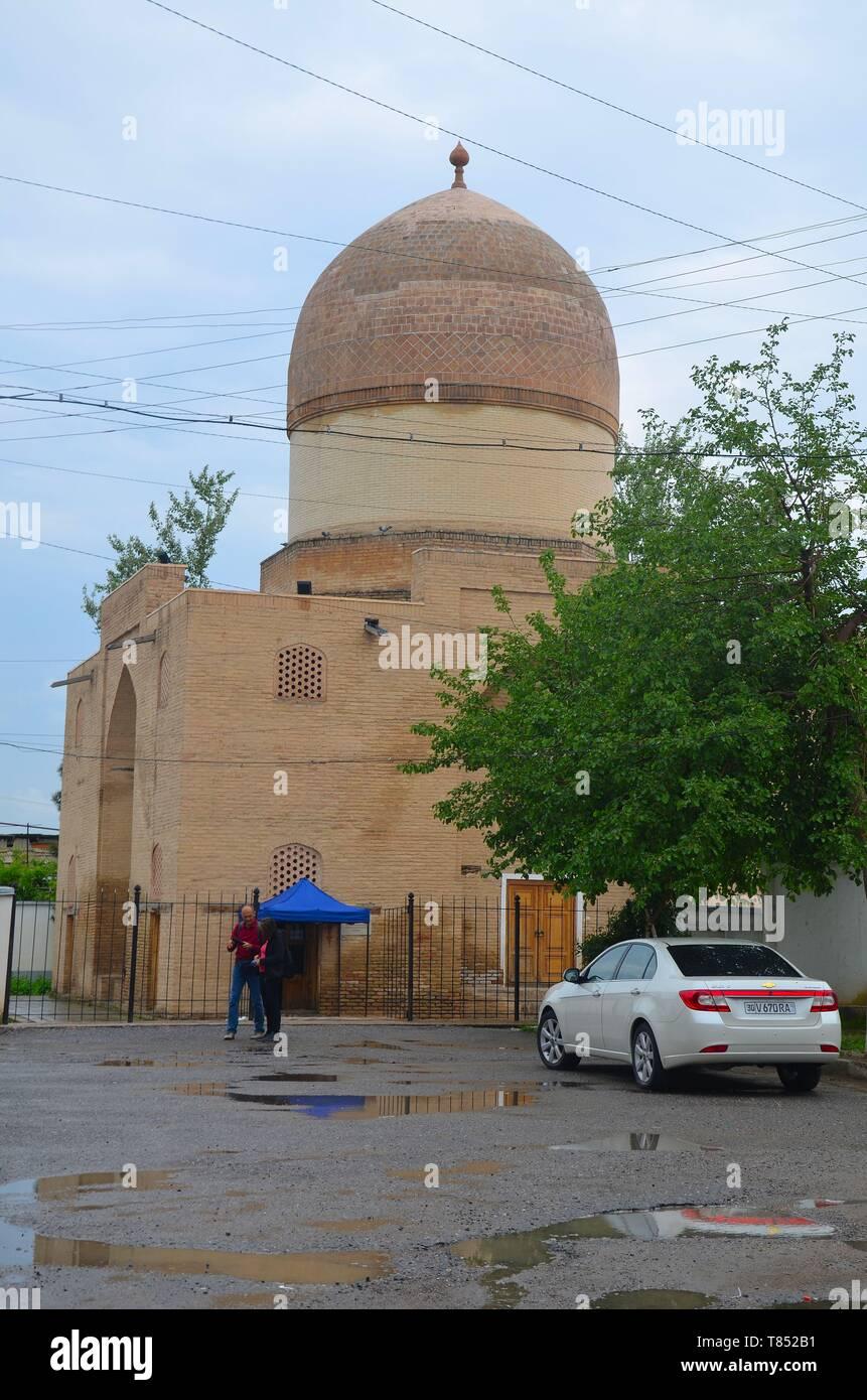 Samarkand in Usbekistan, UNESCO Weltkulturerbe an der Seidenstraße: das Mausoleum Oq Saray Stock Photo