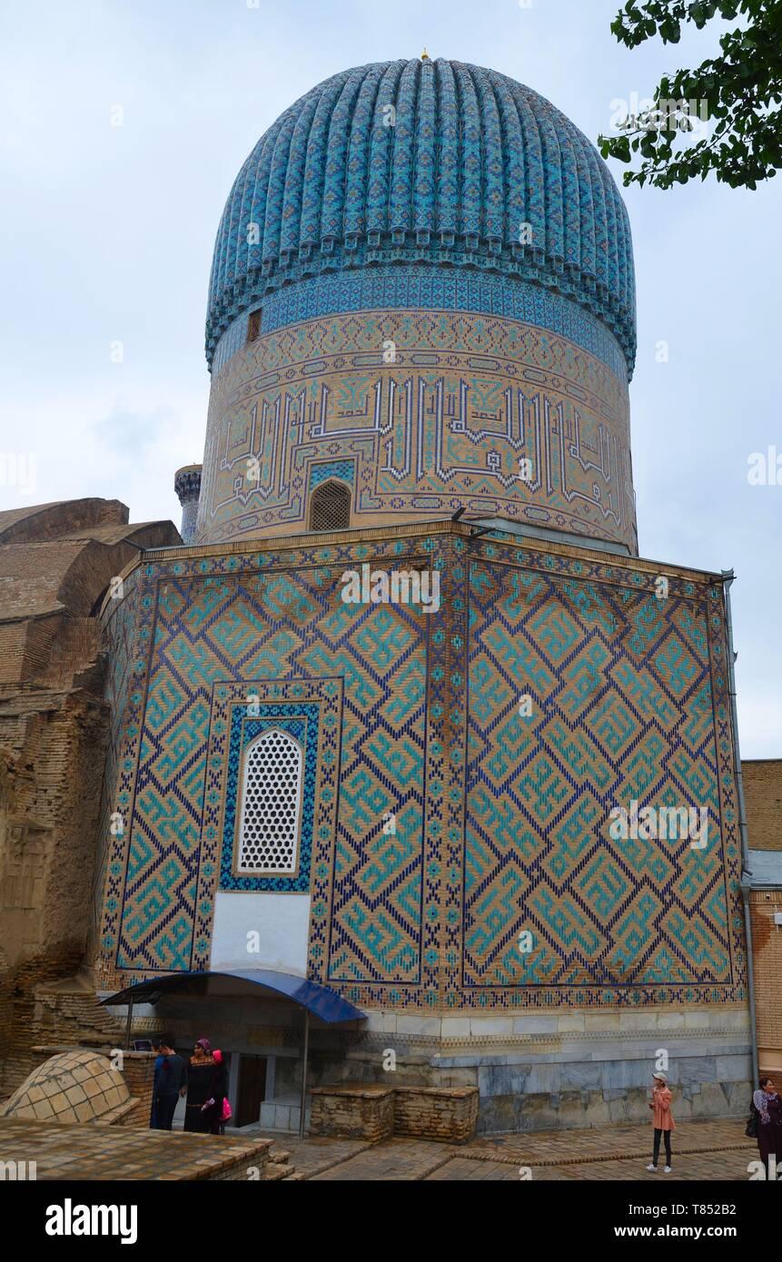 Samarkand in Usbekistan, UNESCO Weltkulturerbe an der Seidenstraße: das Gur-Emir-Mausoleum - Stock Image