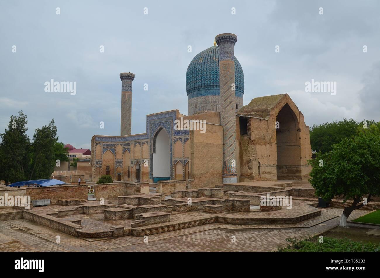 Samarkand in Usbekistan, UNESCO Weltkulturerbe an der Seidenstraße: das Gur-Emir-Mausoleum Stock Photo