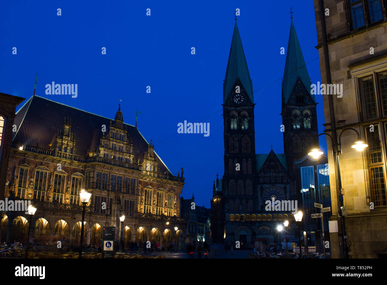 UNESCO cultural heritage town hall and St. Petri Dom in Bremen during blue hour Stock Photo