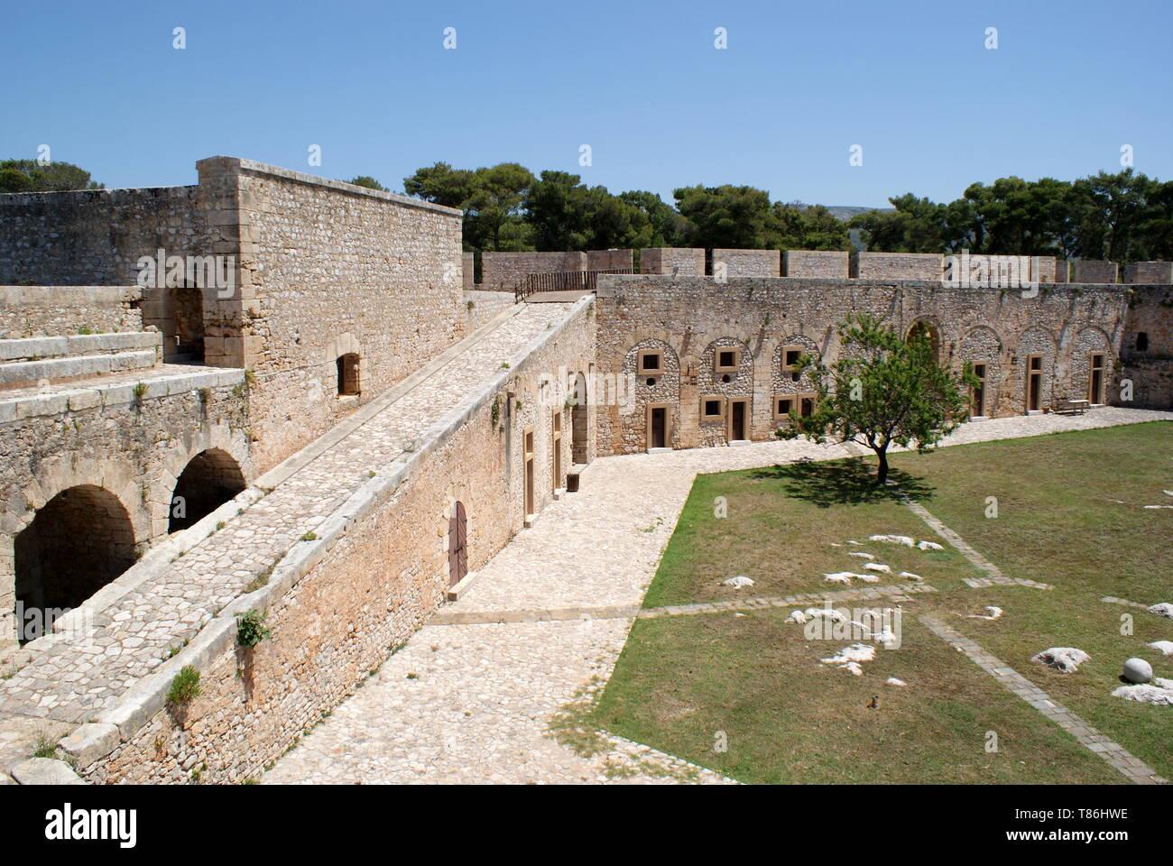 Niokastro castle, Pylos, Peloponnese, Greece - Stock Image