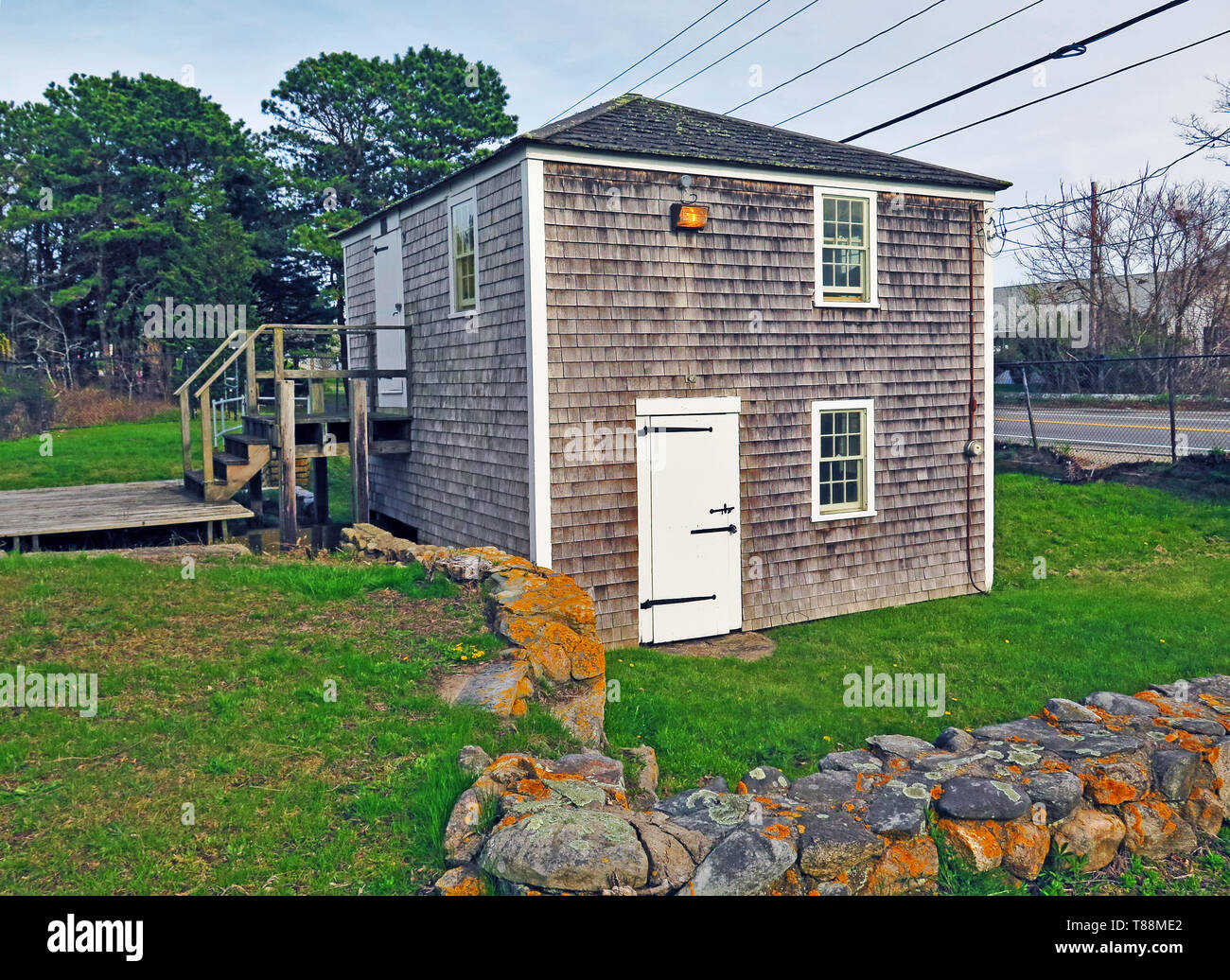 USA, Massachusetts, Cape Cod, New England, Yarmouth, Baxter Grist Mill, tidal, water driven, swans nesting, - Stock Image