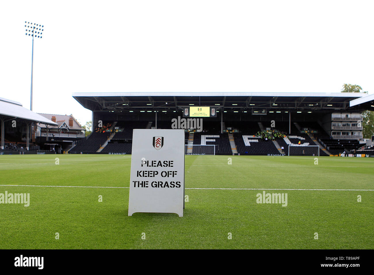 London, UK. 12th May, 2019. a General view inside the Craven cottage ground earlier today. Premier League match, Fulham v Newcastle Utd at Craven Cottage in London on Sunday 12th May 2019.  this image may only be used for Editorial purposes. Editorial use only, license required for commercial use. No use in betting, games or a single club/league/player publications. Credit: Andrew Orchard sports photography/Alamy Live News - Stock Image