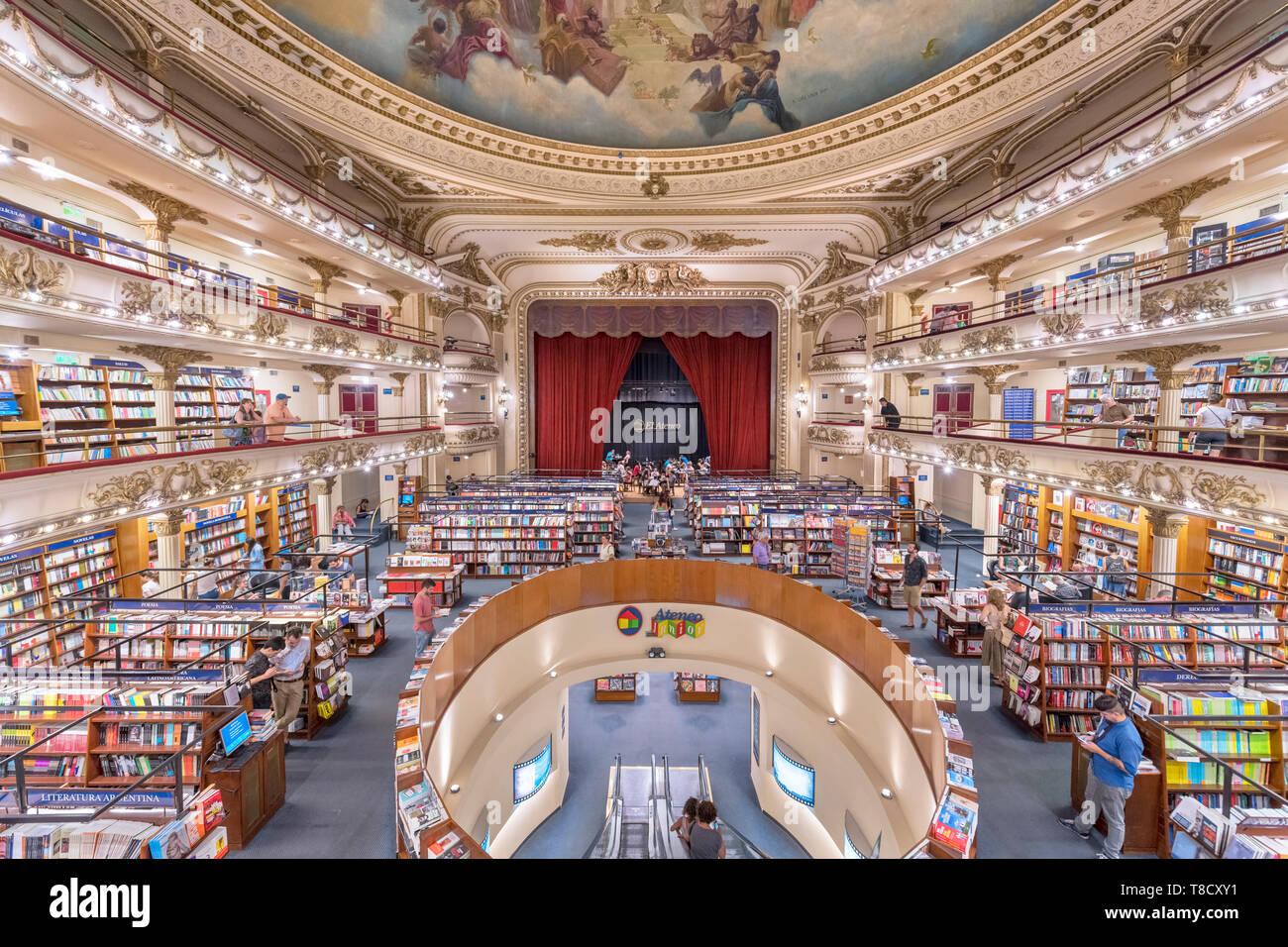 El Ateneo bookshop, Buenos Aires. Interior of the Ateneo Grand Splendid bookstore, a former theatre on Avenida Santa Fe, Buenos Aires, Argentina - Stock Image