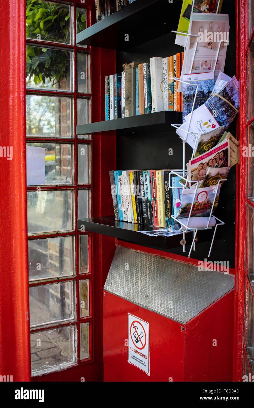 Royal Parade Chislehurst free book exchange Telephone box - Stock Image