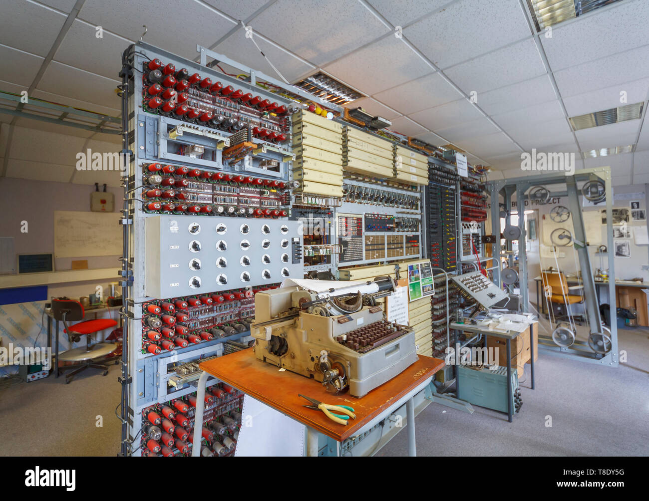 Reconstruction of Colossus at Bletchley Park, once the top-secret home of the World War Two Codebreakers, now a leading heritage attraction - Stock Image