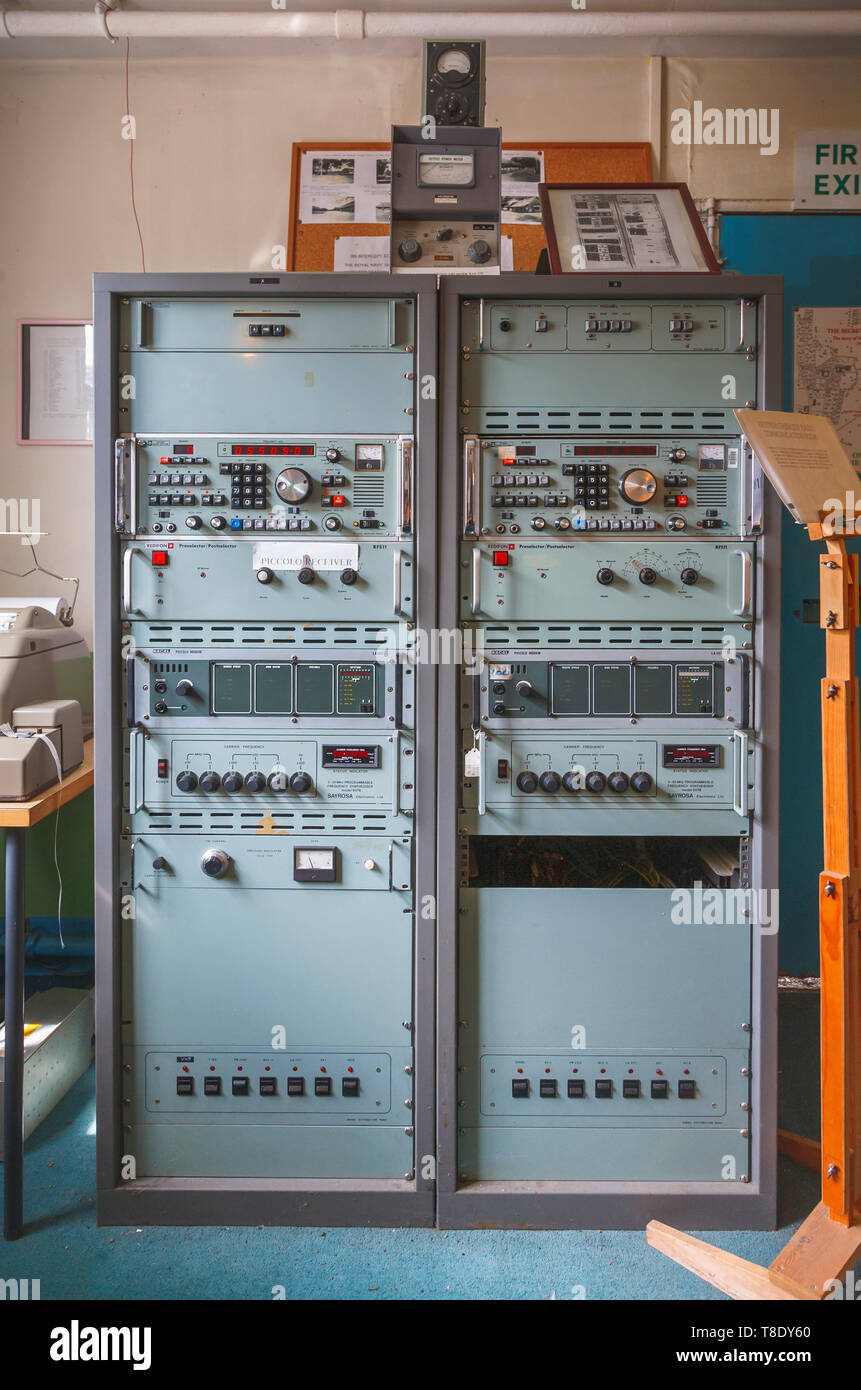 Diplomatic wireless equipment in Hut 1, Bletchley Park, once the top-secret home of the World War Two Codebreakers, now a leading heritage attraction - Stock Image